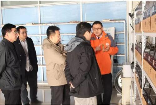 蜗牛新闻图片:技术研究院领导一行莅临广安车联参观调研
