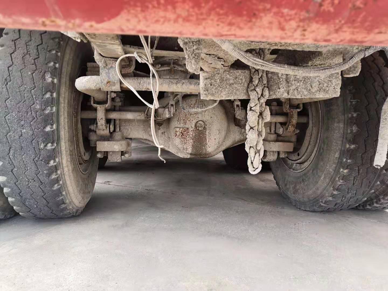 中国重汽斯达斯太尔 混凝土搅拌车  340匹2010年05月 8×4 国四