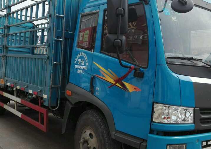一汽解放J6P重卡 载货车  180匹 2013年10月 4x2