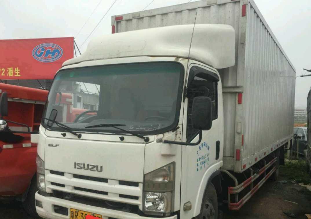 五十铃其他车系 载货车  175匹 2012年04月 4x2