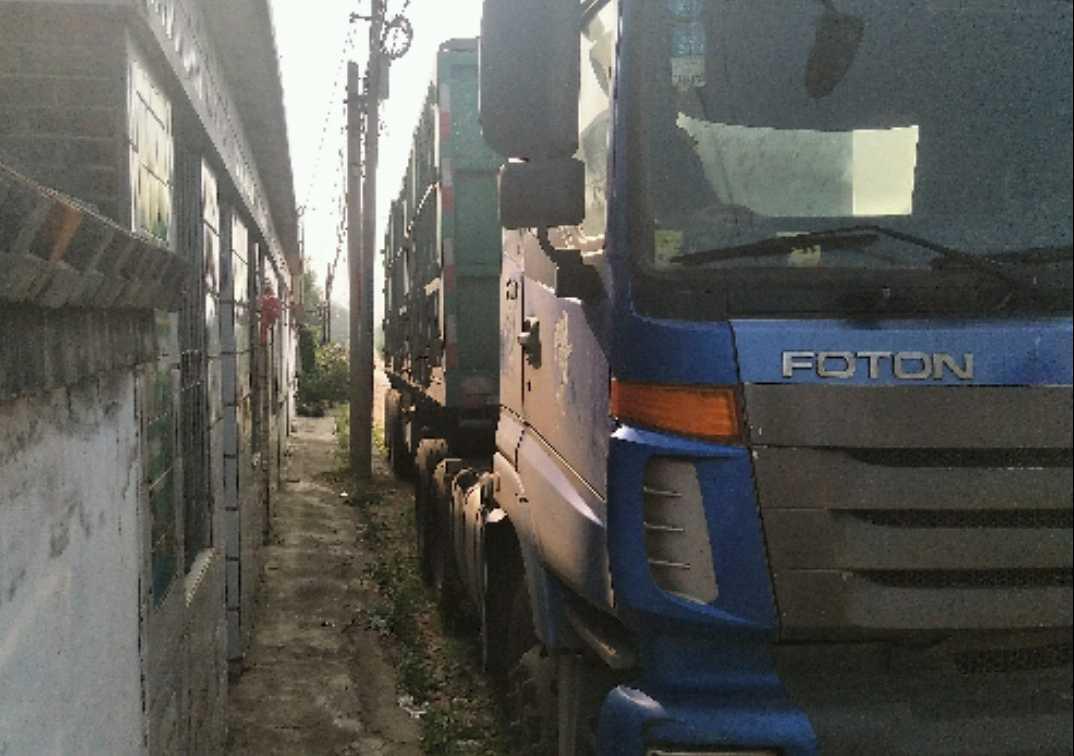 福田欧曼ETX 牵引车  336匹 2010年01月 6x4