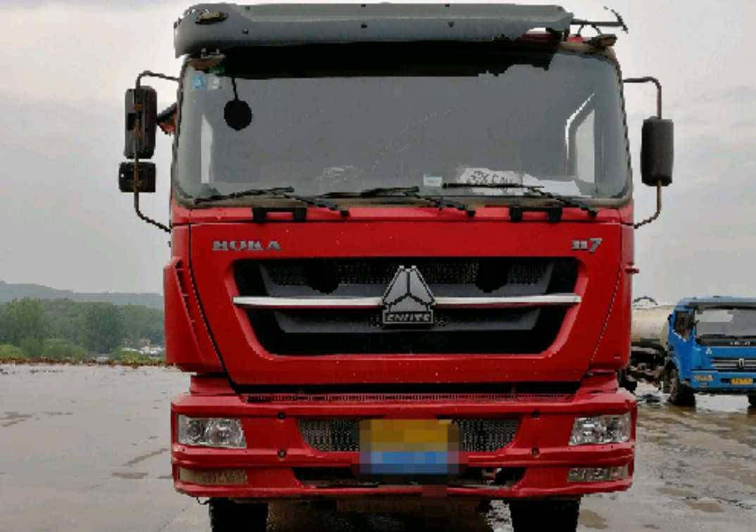 中国重汽HOKA 自卸车  336匹 2012年04月 6x4