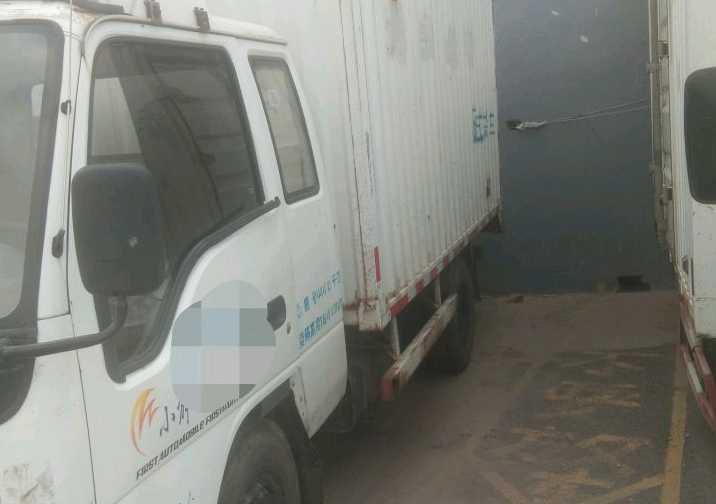 一汽解放其他车系 载货车  120匹 2012年04月 4x2
