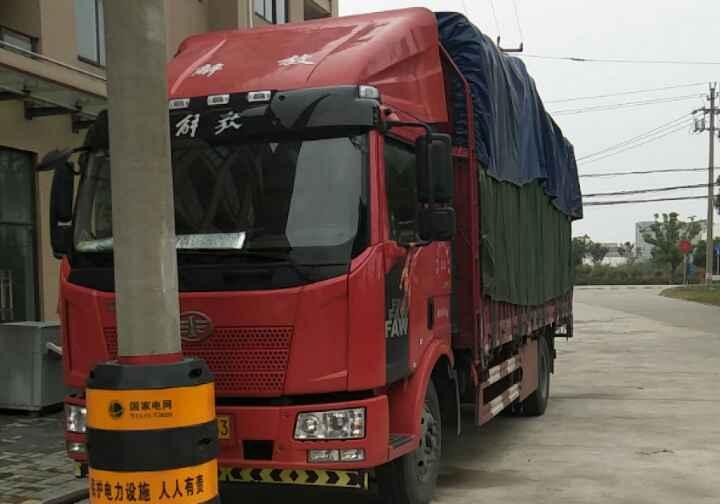 一汽解放J6 载货车  140匹 2017年12月 4x2