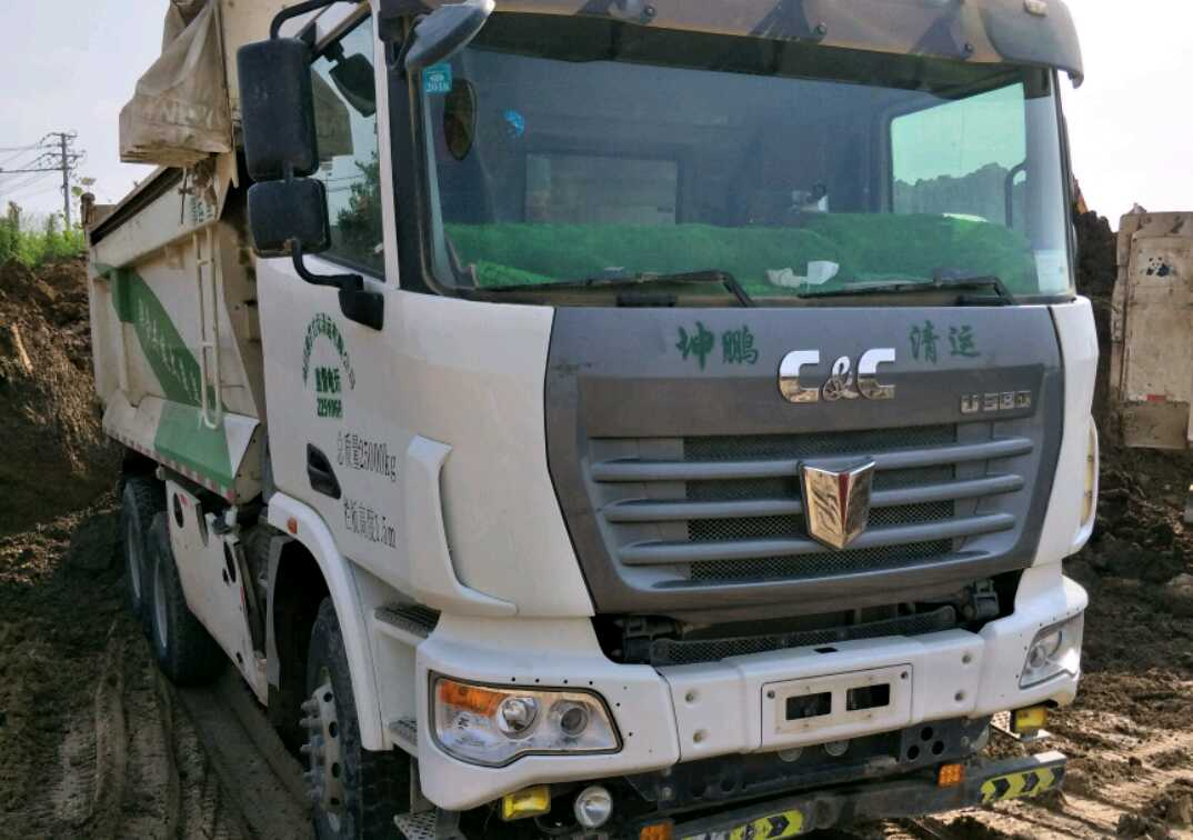 联合卡车其他车系 自卸车  380匹 2018年12月 4x2