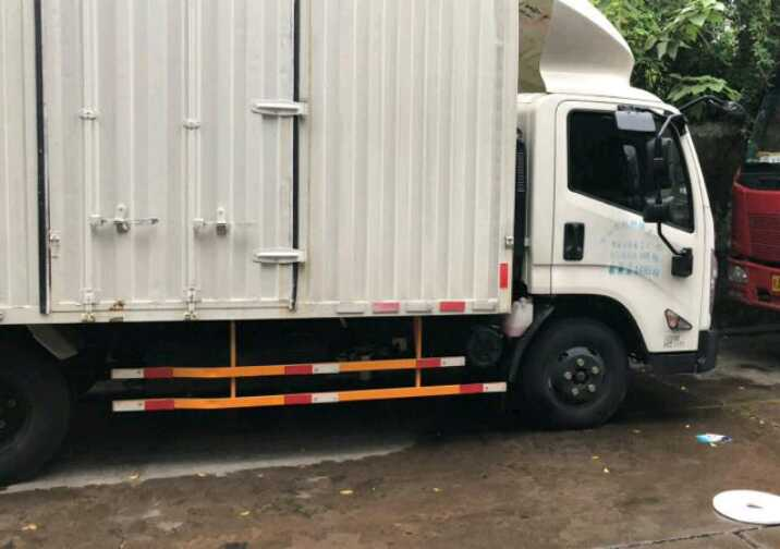 #其他品牌 载货车  160匹 2018年06月 6x2