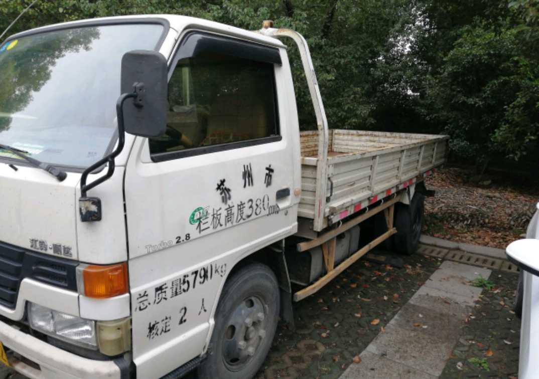 #其他品牌 载货车  115匹 2011年03月 4x2