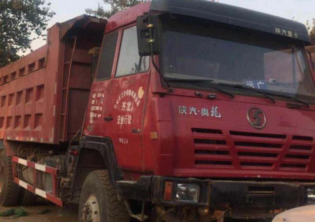 陕汽奥龙 自卸车  340匹 2014年03月 6x4