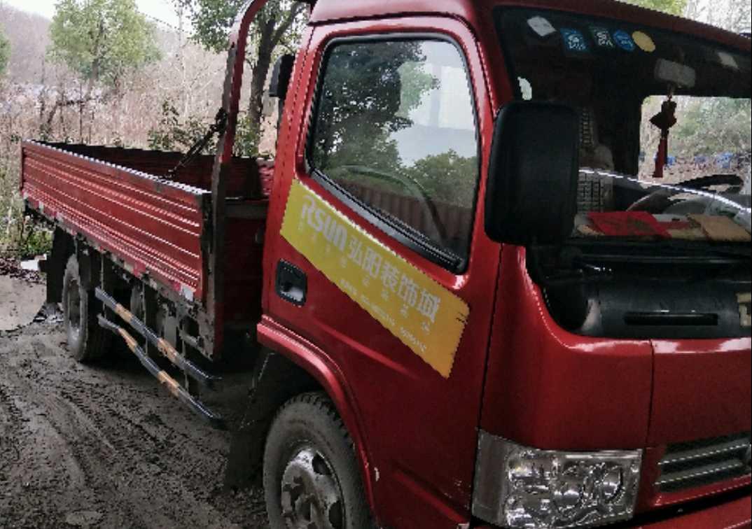 东风东风特商 载货车  115匹 2013年06月 4x2