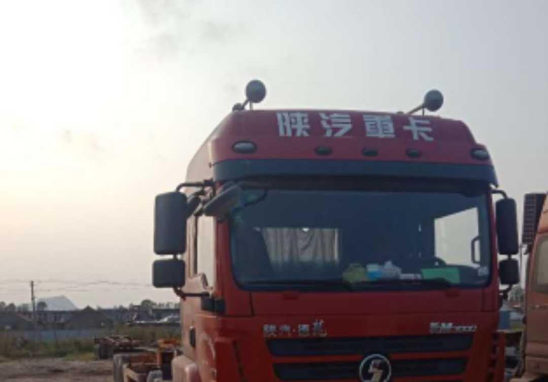 陜汽德龍新M3000 牽引車  340匹 2016年11月 6x4