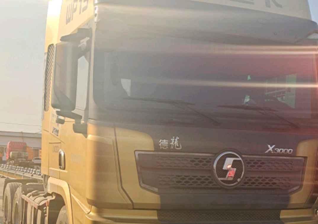 陜汽德龍X3000 牽引車  500匹 2017年10月 6x4