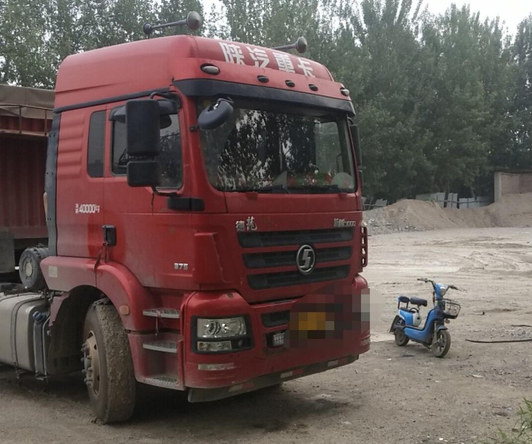 陜汽德龍新M3000 牽引車  375匹 2017年07月 6x4