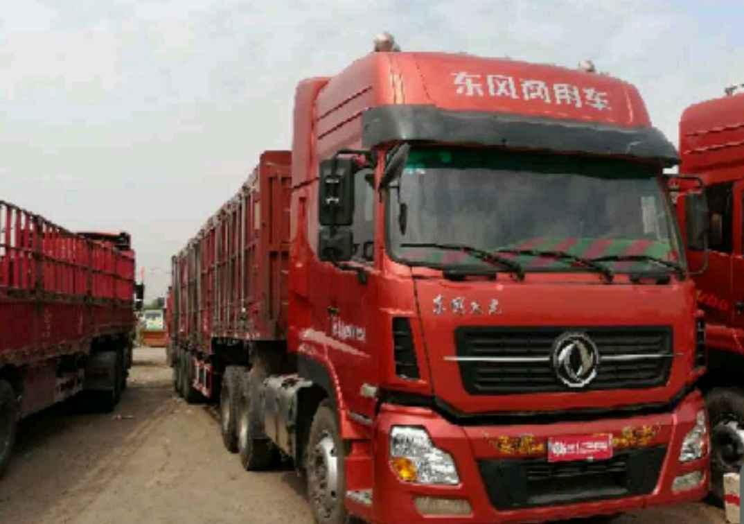 东风天龙 牵引车  375匹 2014年05月 6x4