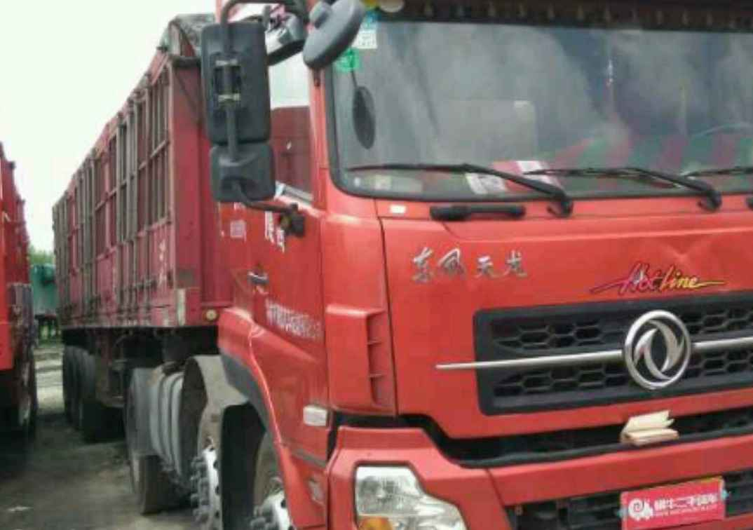 东风天龙 牵引车  375匹 2014年07月 6x2