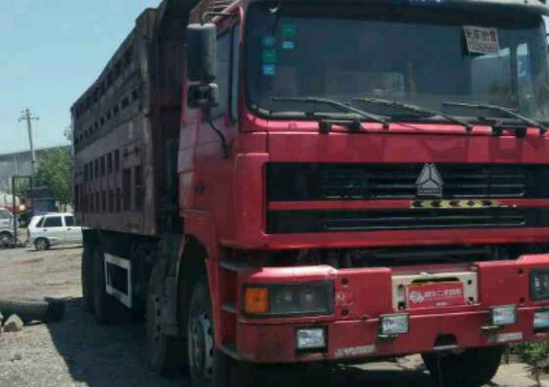 中国重汽HOWO 自卸车  336匹 2010年07月 8x4