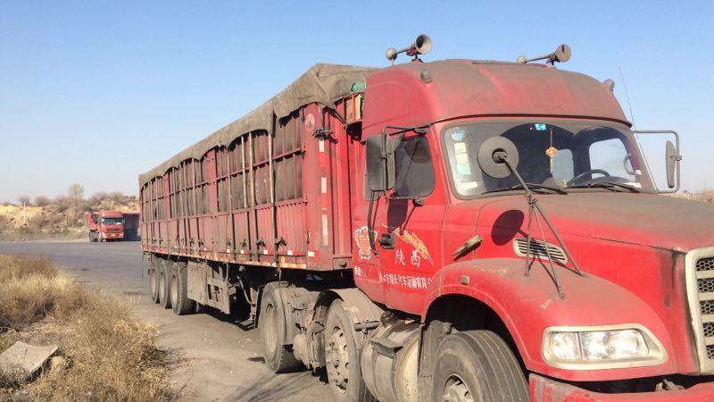 东风龙卡 牵引车 300匹2014年12月 6×2 国四