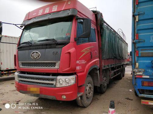 青岛解放其他车系 载货车  290匹 2012年01月 8x4