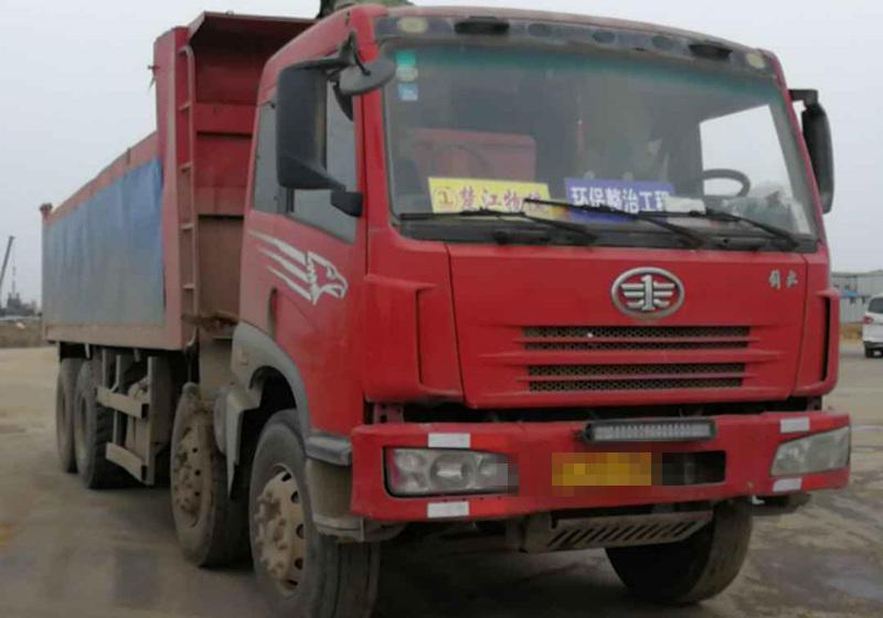 一汽解放奥威J5P 自卸车  280匹 2013年05月 8x4
