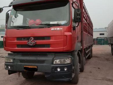 东风霸龙 载货车  310匹 2010年09月 8x4