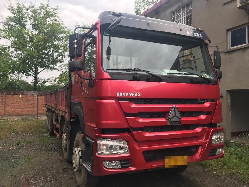 中国重汽HOWO T7H重卡 载货车  380匹 2014年12月 8x4