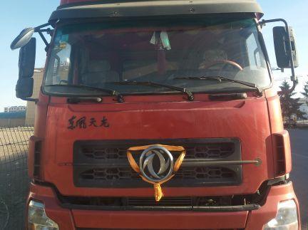 东风天龙 载货车  340匹 2011年02月 8x4