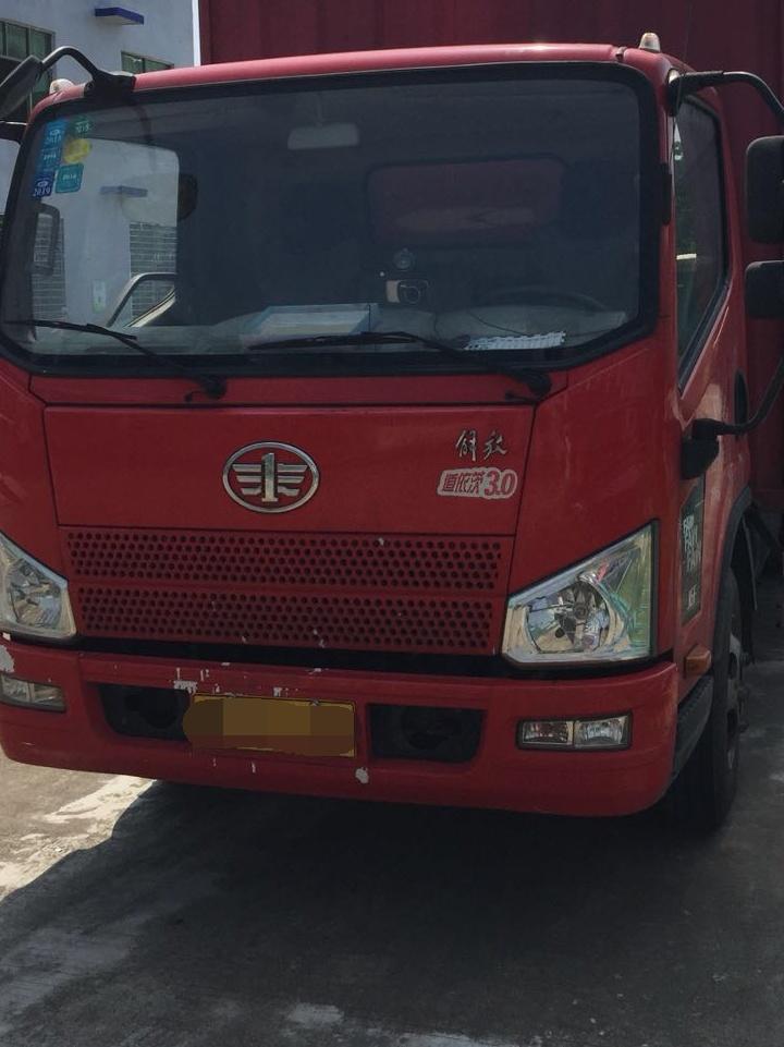 一汽解放J6 载货车  150匹 2015年02月 4x2