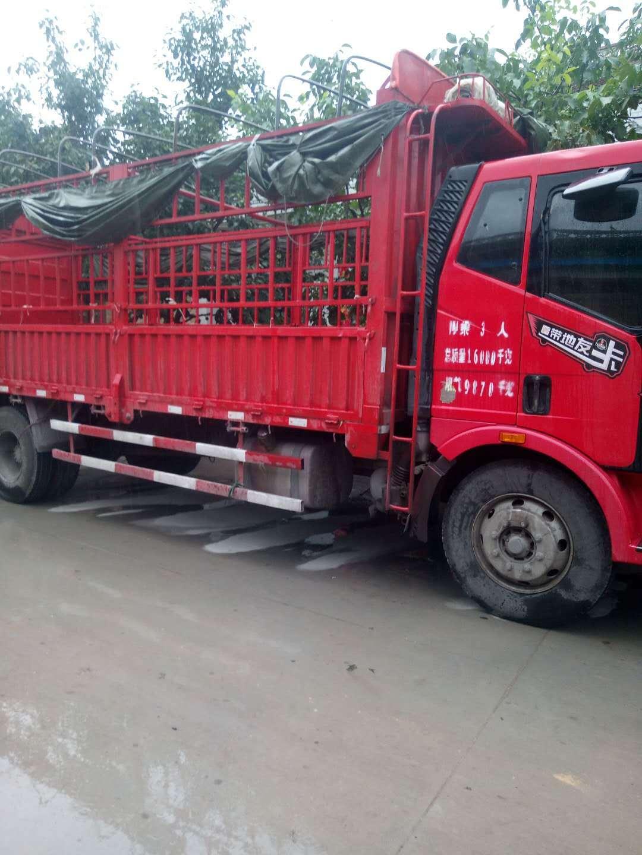 一汽解放J6 载货车  160匹 2013年06月 4x2