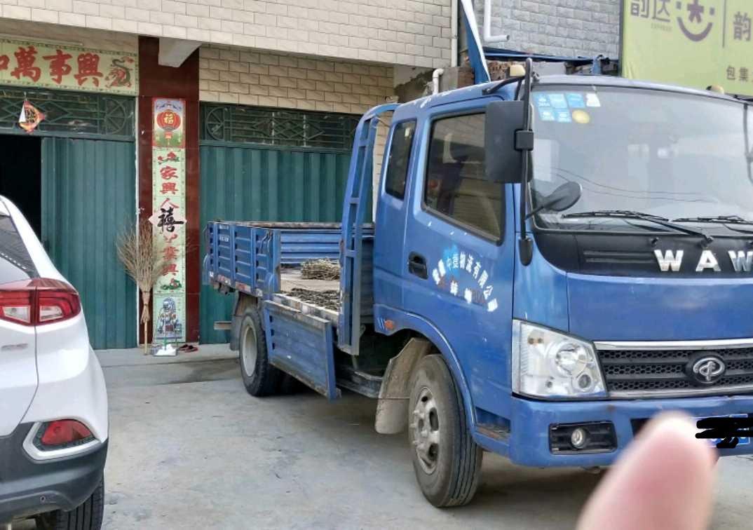 #其他品牌 载货车  100匹 2011年12月 4x2
