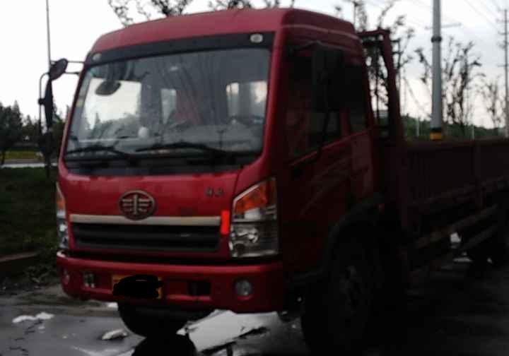 青岛解放其他车系 载货车  160匹 2012年03月 4x2