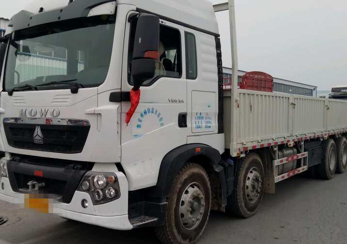 中国重汽HOWO 载货车  340匹 2018年06月 8x4