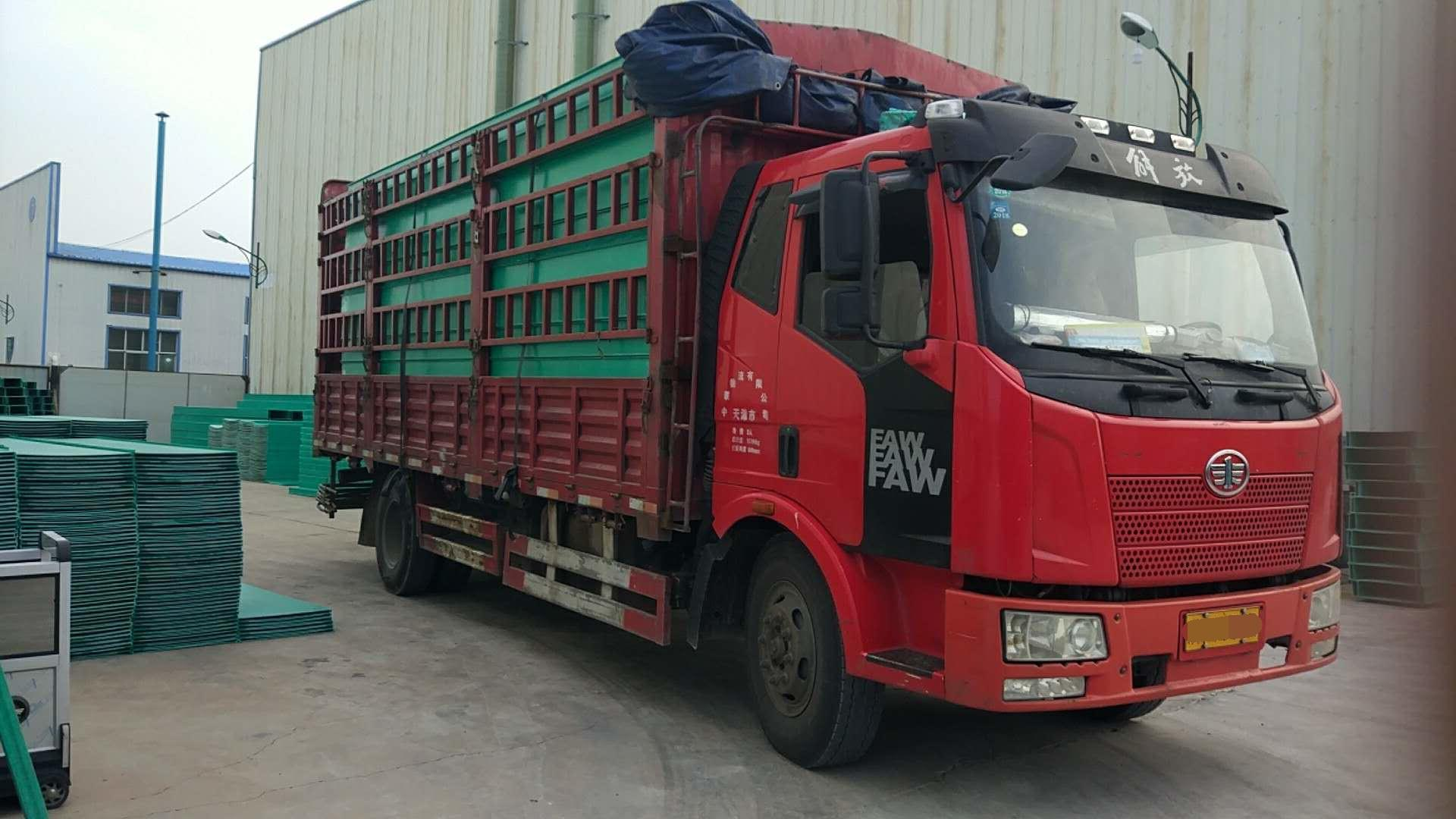 一汽解放J6L中卡 复合型 载货车  160匹 2015年12月 4x2