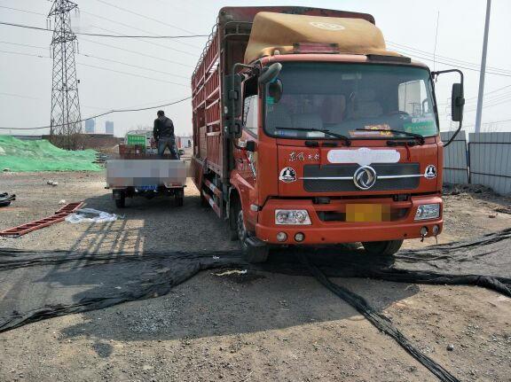东风天锦 载货车  160匹 2013年03月 4x2