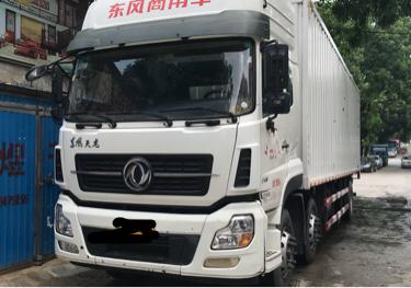 东风天龙 载货车  315匹 2015年08月 6x2