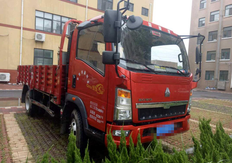 中国重汽HOWO 自卸车  130匹 2017年05月 4x2