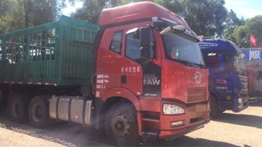 一汽解放J6P重卡 牵引车  420匹 2017年06月 6x4