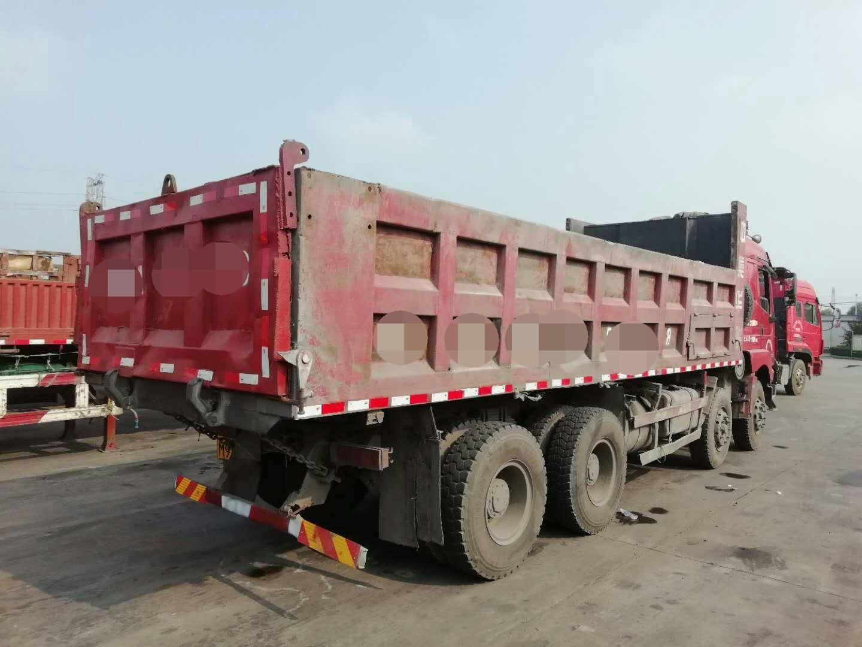 陕汽德龙M3000 自卸车  290匹 2013年09月 8x4