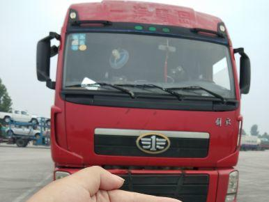 青岛解放新大威 牵引车  375匹 2011年12月 6x4