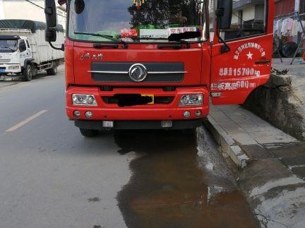 东风天锦 载货车  160匹 2015年11月 4x2