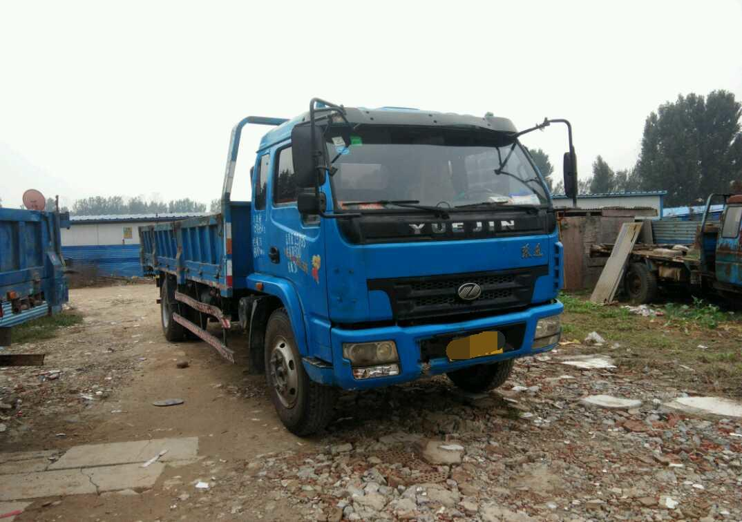 南京依维柯 自卸车  130匹 2012年10月 4x2