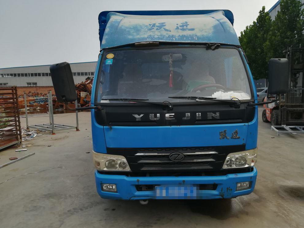 南京依维柯跃进 载货车  112匹 2011年10月 4x2