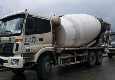 福田欧曼GTL 混凝土搅拌车  340匹 2013年09月 6x4