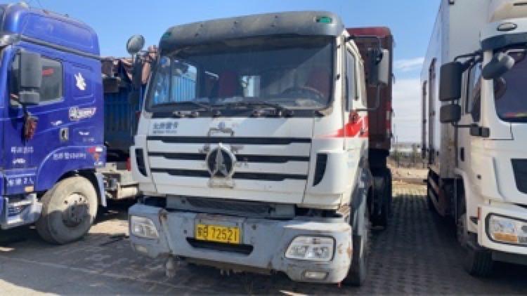 北奔其他车系 牵引车  340匹 2012年03月 6x4