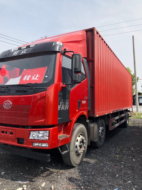 一汽解放其他车系 载货车  330匹 2016年07月 6x2