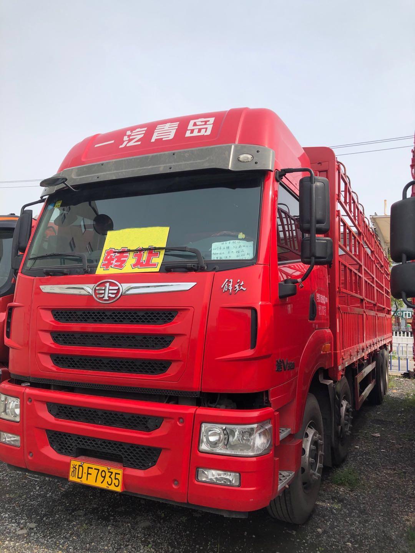 一汽解放其他车系 载货车  320匹 2016年12月 6x2