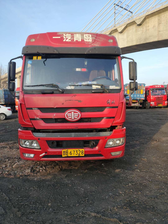 青島解放新悍威 牽引車  270匹 2011年11月 6x2