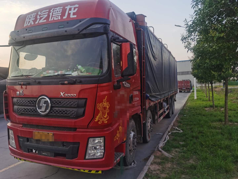 陕汽德龙X3000 载货车  420匹 2019年05月 6x4