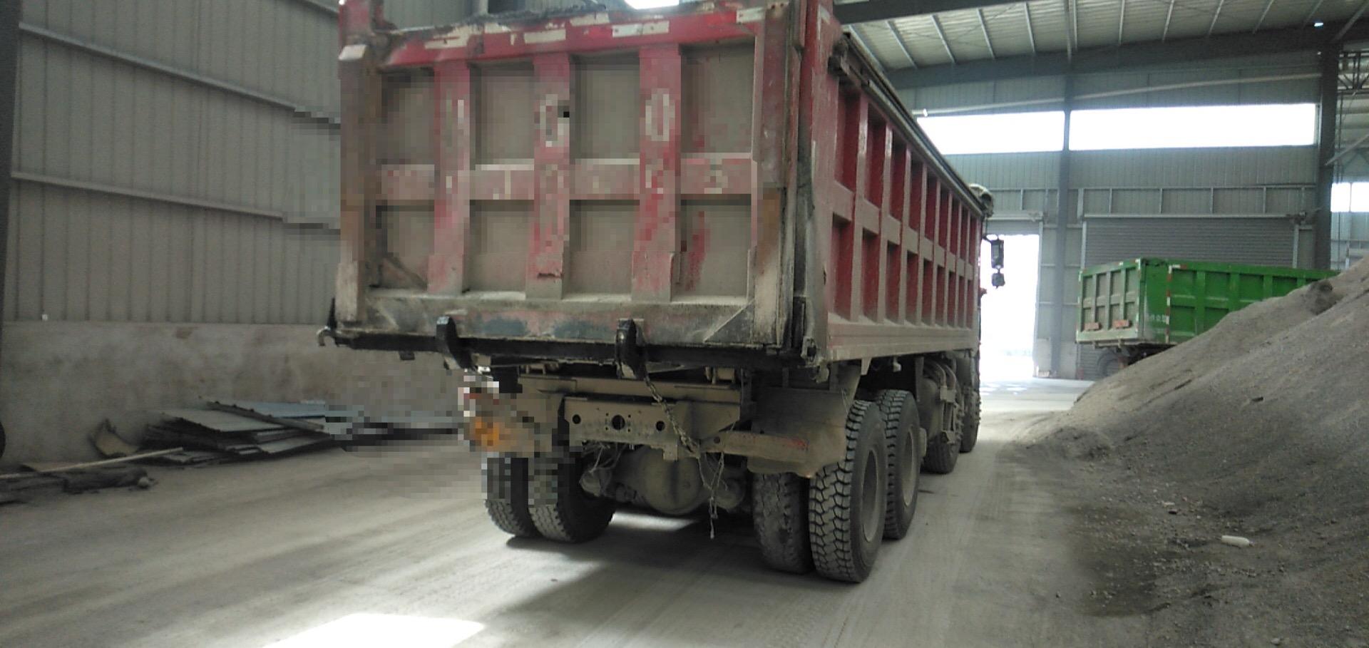 一汽解放J6M重卡 自卸車  320匹 2017年07月 6x4