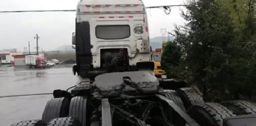 北奔NG80系列 牵引车  374匹 2016年05月 6x4