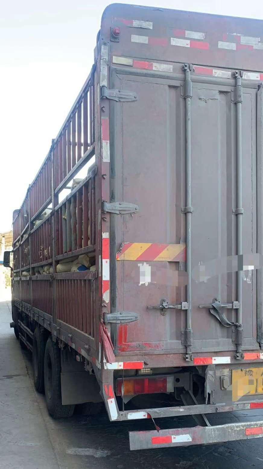 青岛解放其他车系 载货车  400匹 2012年07月 6x4