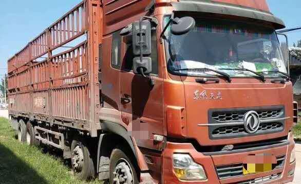 东风天龙 载货车  290匹 2013年11月 6x2
